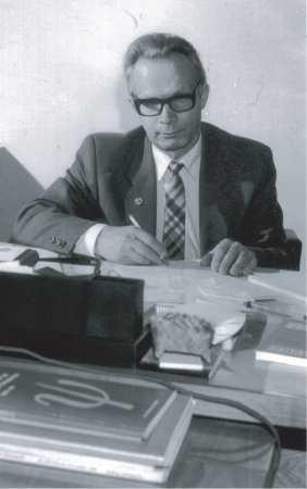 Андре́й Влади́мирович Брушли́нский