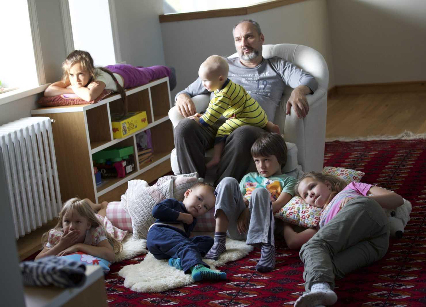 Петр Щедровицкий с детьми