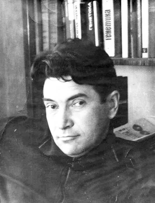Михаил-Александрович-Розов