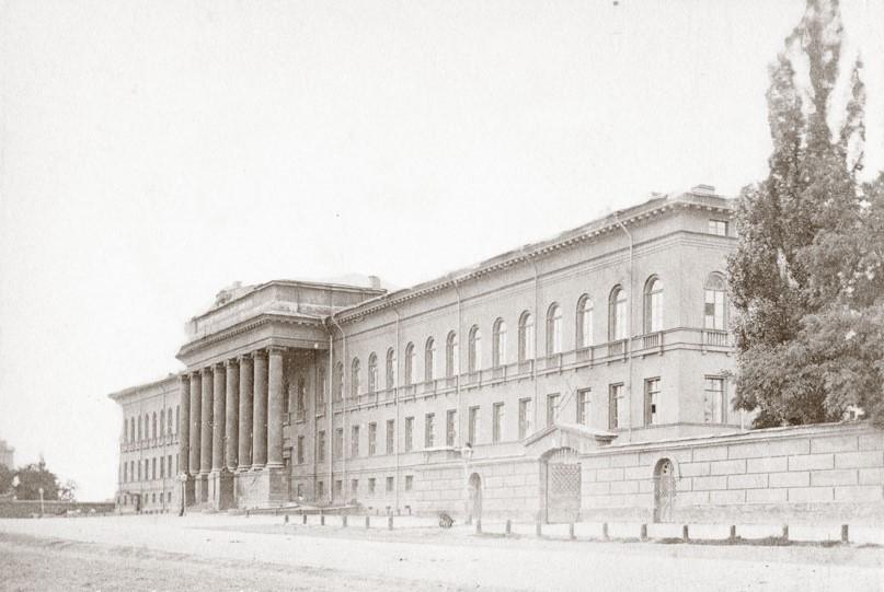imperatorskiy-universitet-svyatogo-vladimira-19